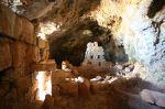 Ελληνοκαμάρα. Σπήλαιο ιστορικού ενδιαφέροντος.