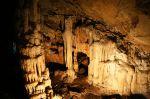 Σελλάϊ. Ανεξερεύνητο και αναξιοποίητο σταλακτιτικό σπήλαιο.